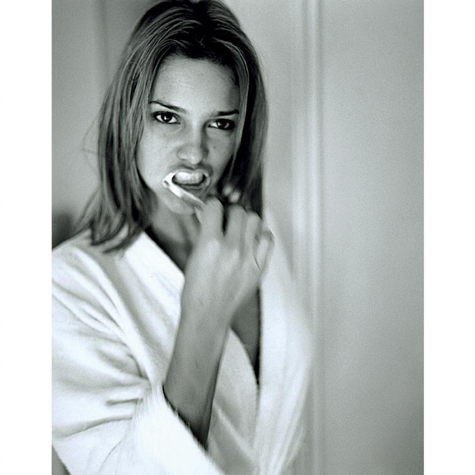 """Clicada por Christian Gaul em 1999 para a Trip #71, em ensaio com o tema """"Mulheres acordando"""""""