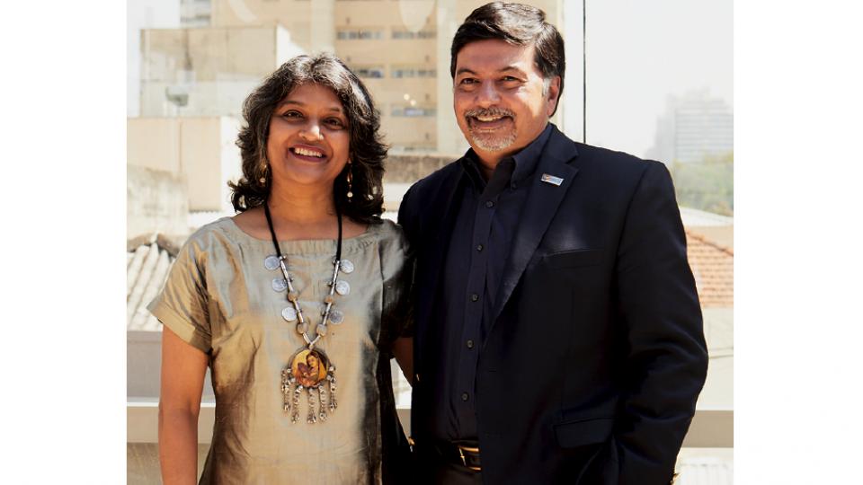Com Raj Sisodia, com quem Nilima escreveu Liderança Shakti, em evento da Tpm em agosto passado.