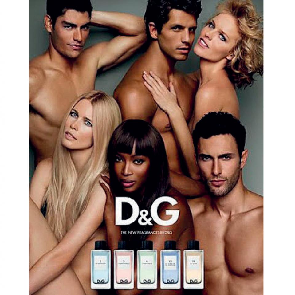 Modelando em campanha da Dolce&Gabbana (2009)