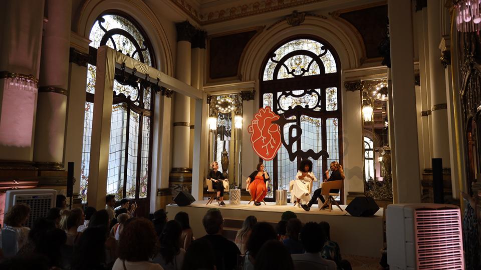"""A cilada dos relacionamentos abusivos"", com Luara Calvi Anic, Mayara Ferreira, Kenia Maria e Rita Cadillac"