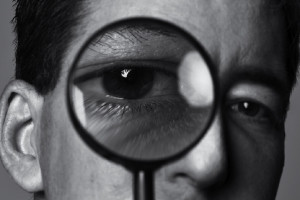 O que o jornalista Glenn Greenwald, famoso por revelar segredos da CIA, pensa sobre o risco