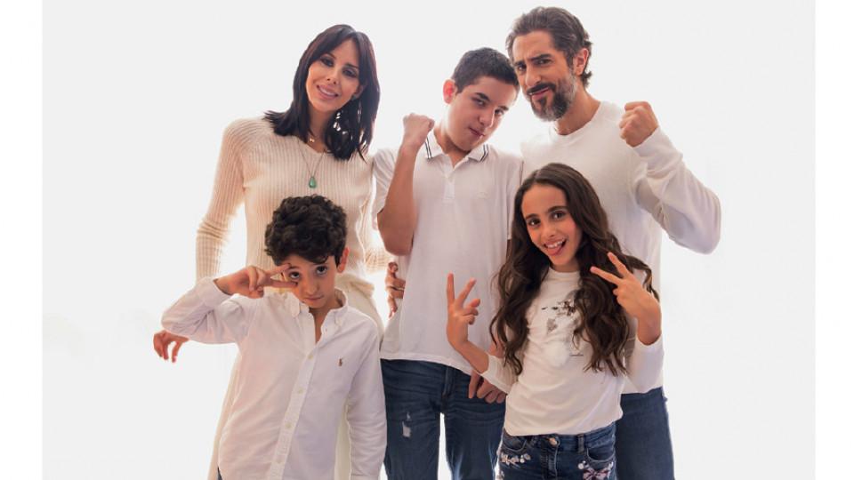 Com a mulher, Suzana, e os filhos Stefano, Romeo e Donatella
