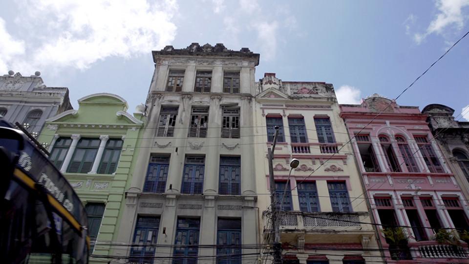 As gravações rolaram no centro antigo de Recife (foto), na cidade de Nazaré da Mata e em São Paulo