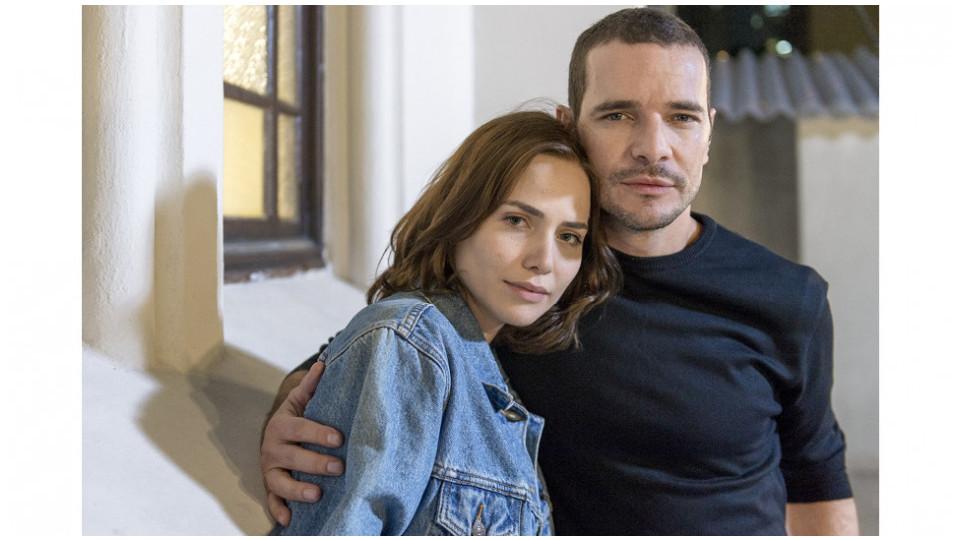Letícia e Daniel Oliveira, seu par na série Onde está o coração