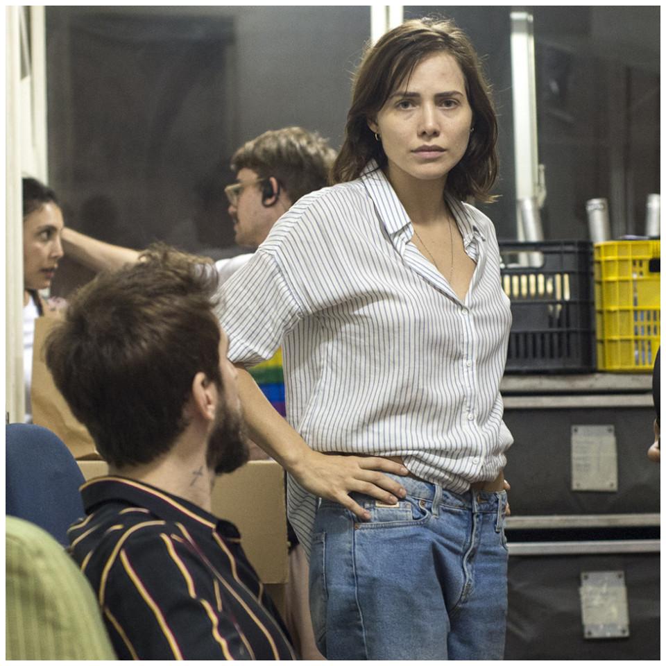 Letícia é Amanda, uma médica viciada em crack