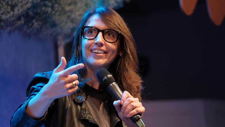 Ana Julia Ghirello:   A gente precisa esquecer o que os outros vão achar e focar na nossa essência.