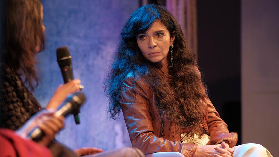 A atriz Claudia Ohana