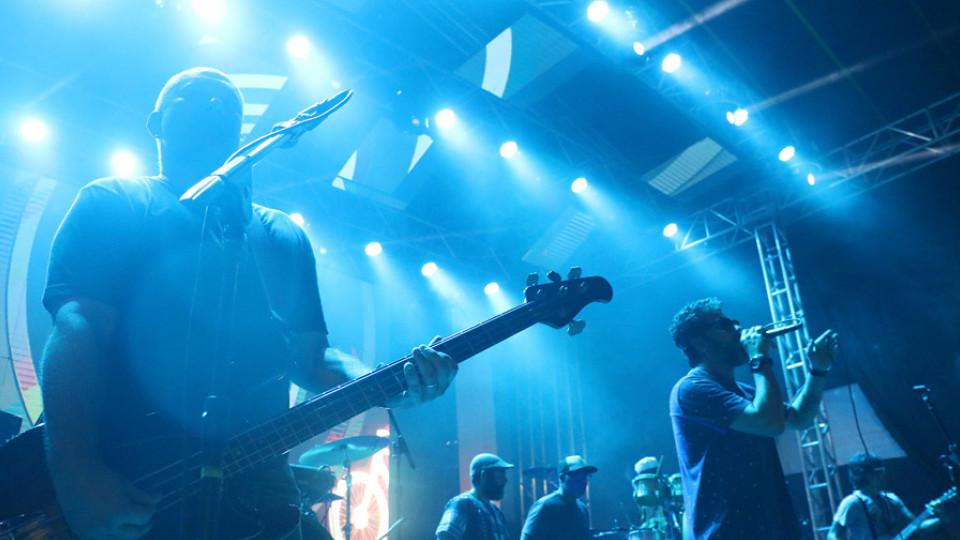 A banda Nação Zumbi voltou a tocar no festival Se Rasgum, em Belém, após 10 anos de ausência