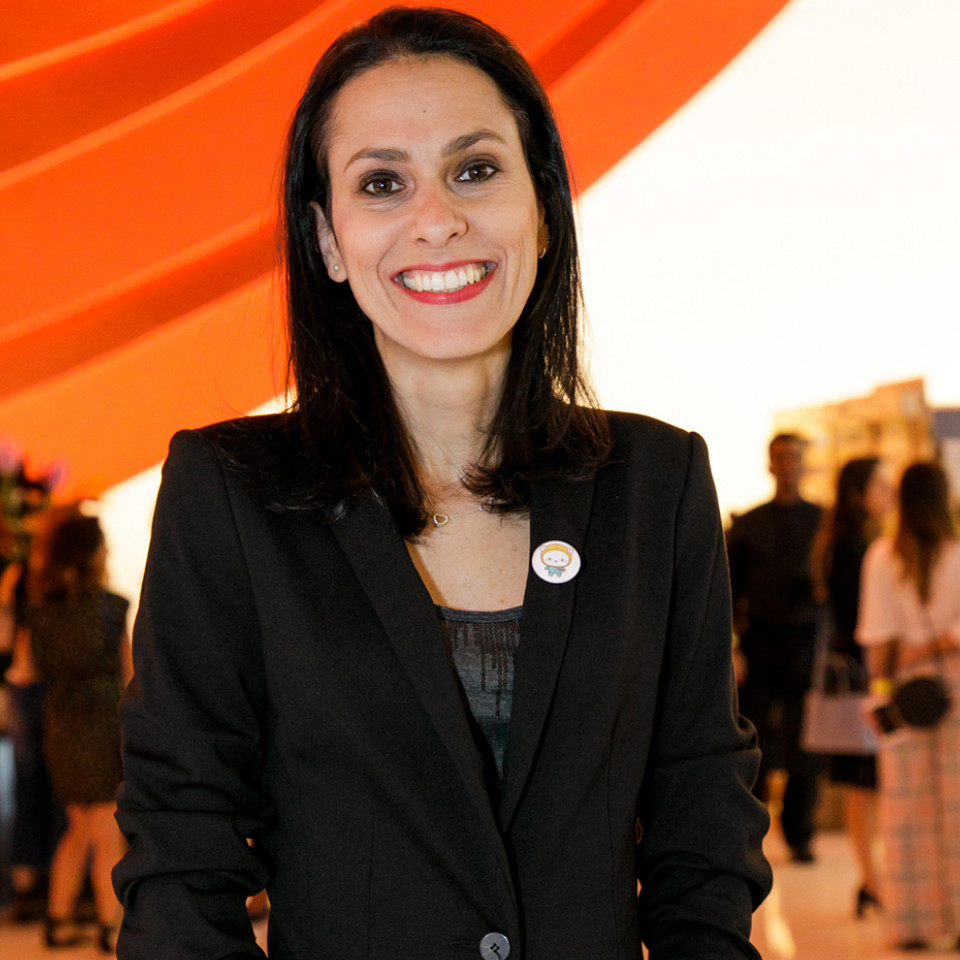 Simone Mozzilli é a criadora da ONG Beaba, que ajuda crianças em tratamento contra o câncer a terem uma melhor qualidade de vida durante esse difícil momento