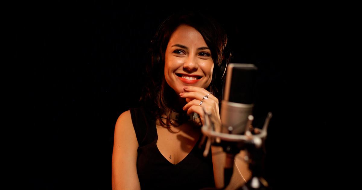 Andreia Horta fala sobre casamento, Elis Regina, teatro, alimentação e sucesso - Revista TRIP