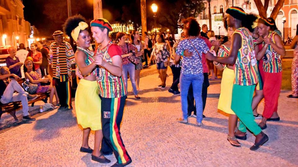 O Maranhão é o único lugar do globo onde se dança reggae coladinho, a dois