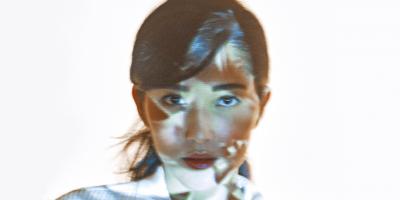 """Jacqueline Sato: uma atriz muito além da """"japa"""""""