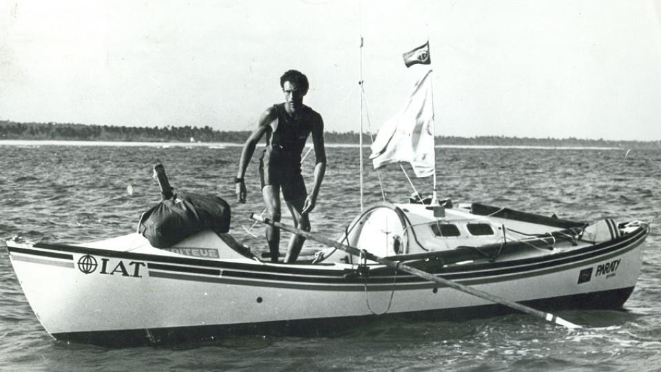 O navegador, na travessia do Atlântico Sul, em 1984