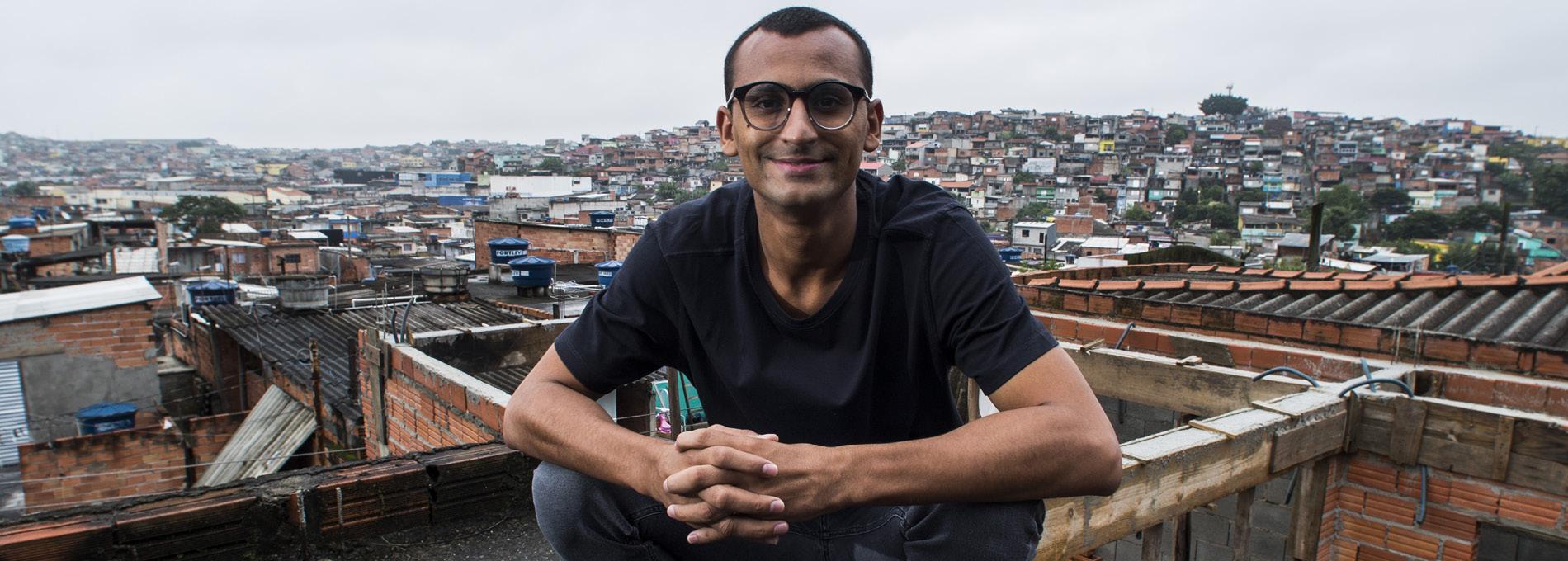 Edu Lyra, do Gerando Falcões, leva os empresários à favela