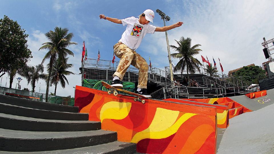 Skate em família: destaque no street, Aori Nishimura começou a andar por influência do pai. Sua irmã também é skatista profissional
