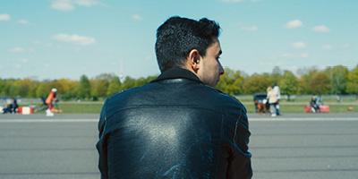 Karim Aïnouz lança o premiado documentário Aeroporto Central