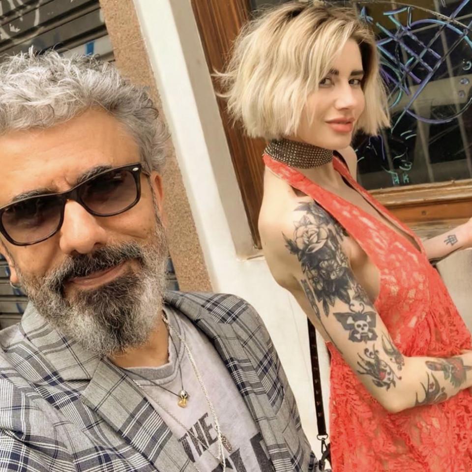 Selfie de Zé Luiz com a mulher, Rafaella Rondelli
