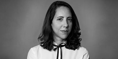 Laura Carvalho lança livro sobre a economia da crise