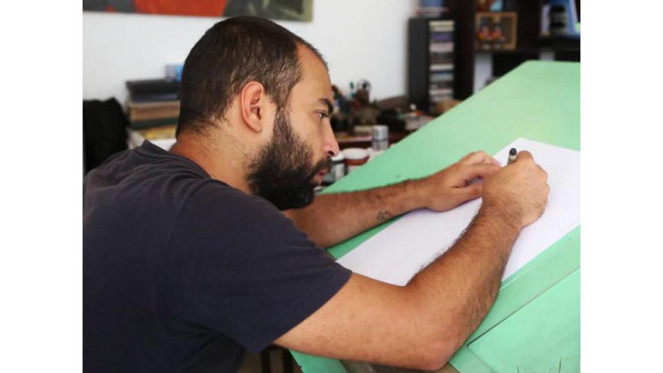 """Autor de """"Cachalote"""", """"Mensur"""" e """"O beijo adolescente"""", quadrinista Rafael Coutinho lança a HQ """"Epidermia"""" junto com o pai, Laerte"""