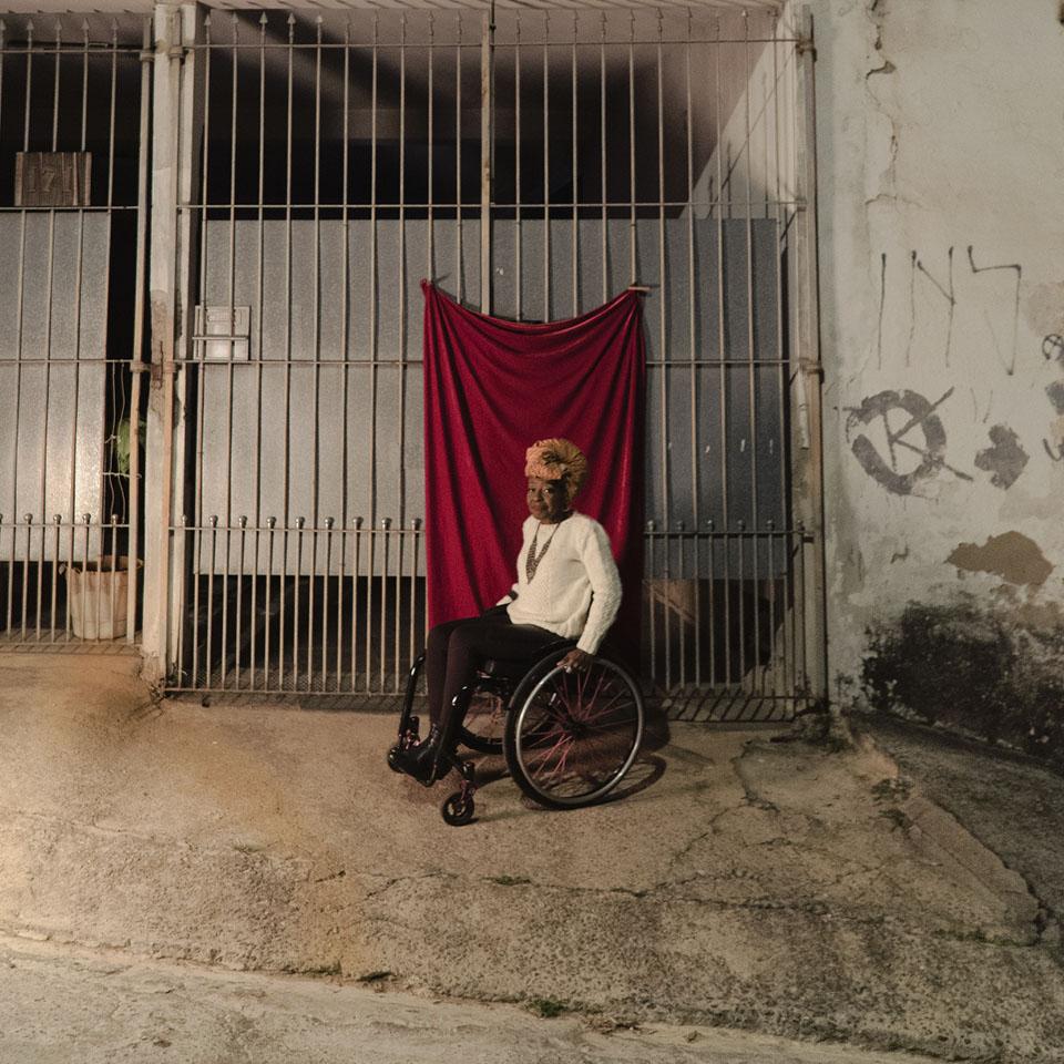 """Suely Rezende, moradora da Chácara Seis de Outubro, em São Paulo: """"O peso da invisibilidade e a negação de direitos às pessoas com deficiência persistem"""""""