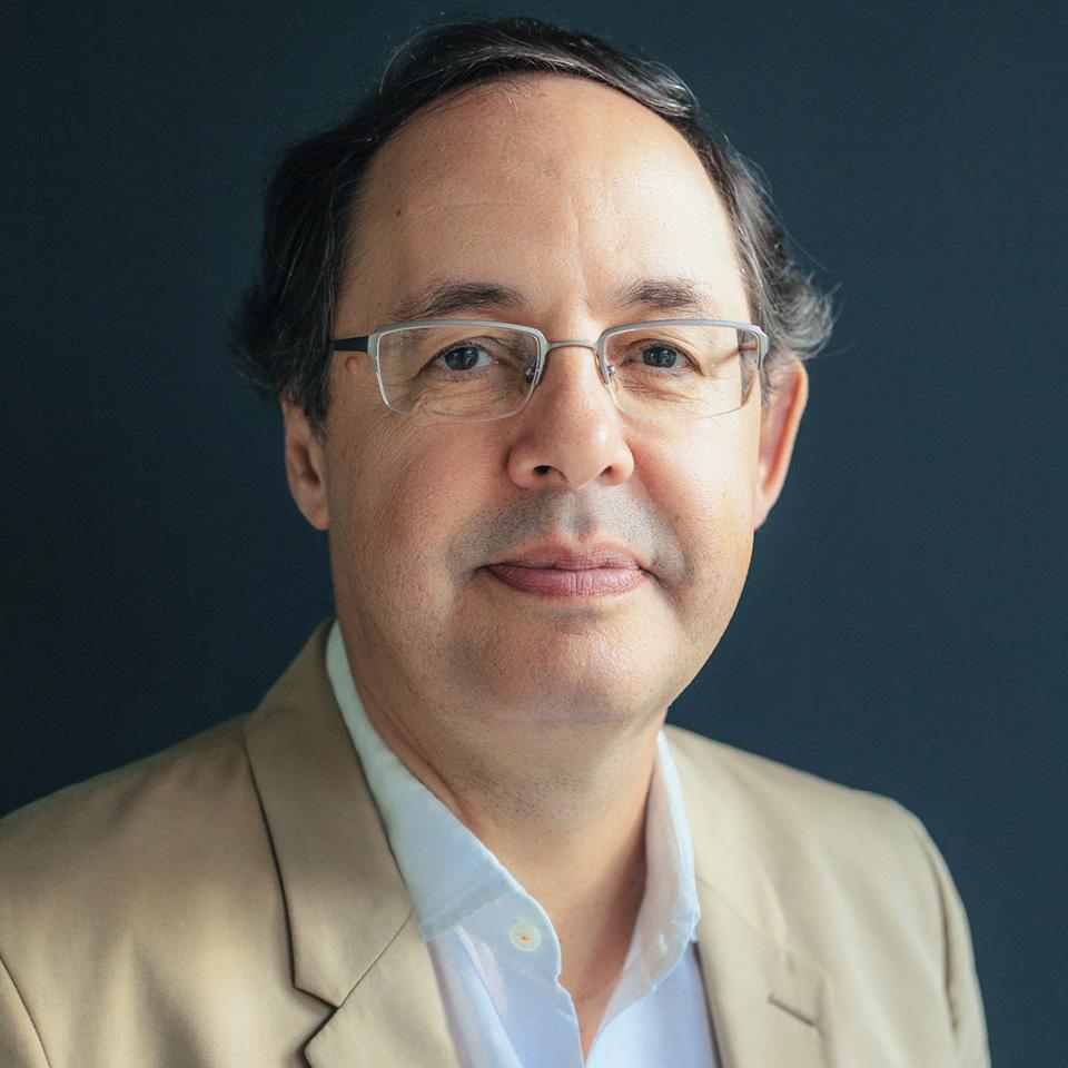 Para o economista e escritor Eduardo Giannetti, as redes sociais são uma cracolândia digital