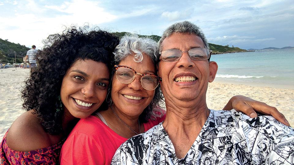 Christiane Silva Pinto e os pais