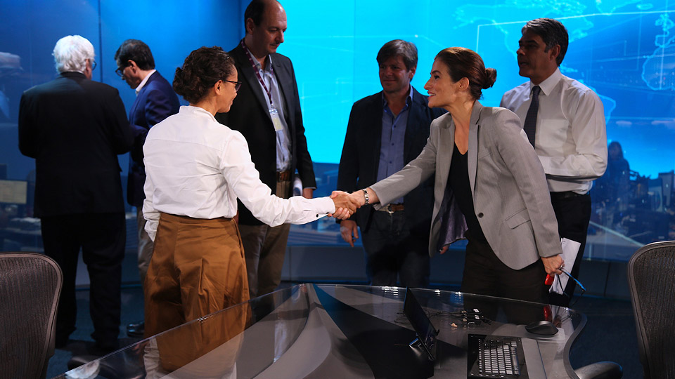 Marina Silva com Renata Vasconcellos e William Bonner, na bancada do Jornal Nacional