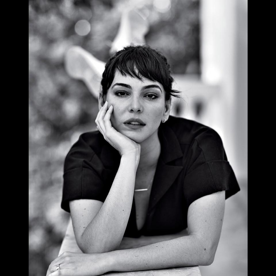 """Tainá Müller, atriz, participou do debate """"O futuro dos relacionamentos"""", que rolou na Casa Tpm, em 2018"""