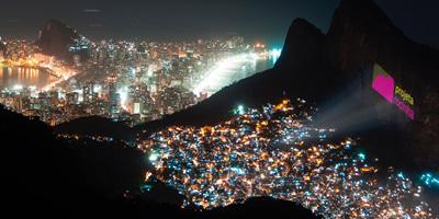 Uma noite de cinema na Rocinha