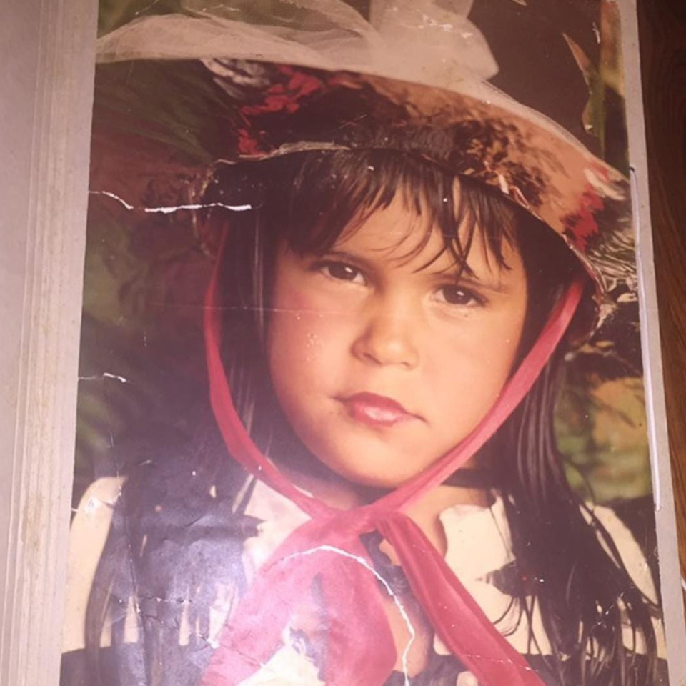 Marina Morena Criança Chapéu Retrato