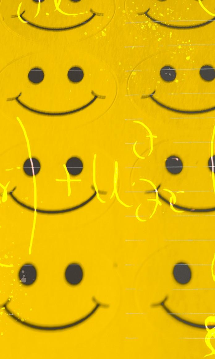 Vários sorrisos aparecem num fundo amarelo em referência ao livro A Fórmula da Felicidade, de Mo Gawdat