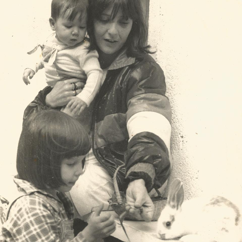 Claudia Lisboa com suas filhas Mel e Luna