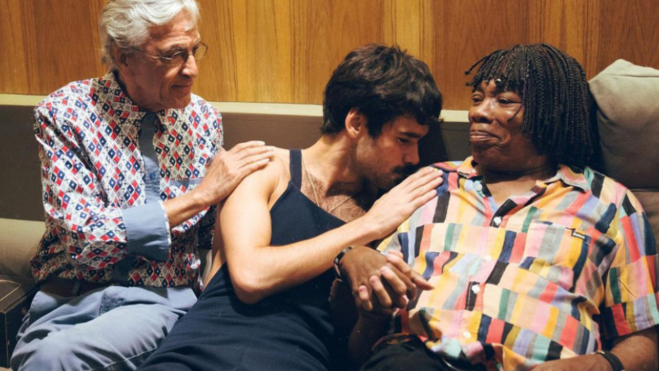 Ibarra entre Caetano Veloso e Milton Nascimento